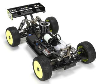 Team-Losi-Racing-8IGHT-4-02