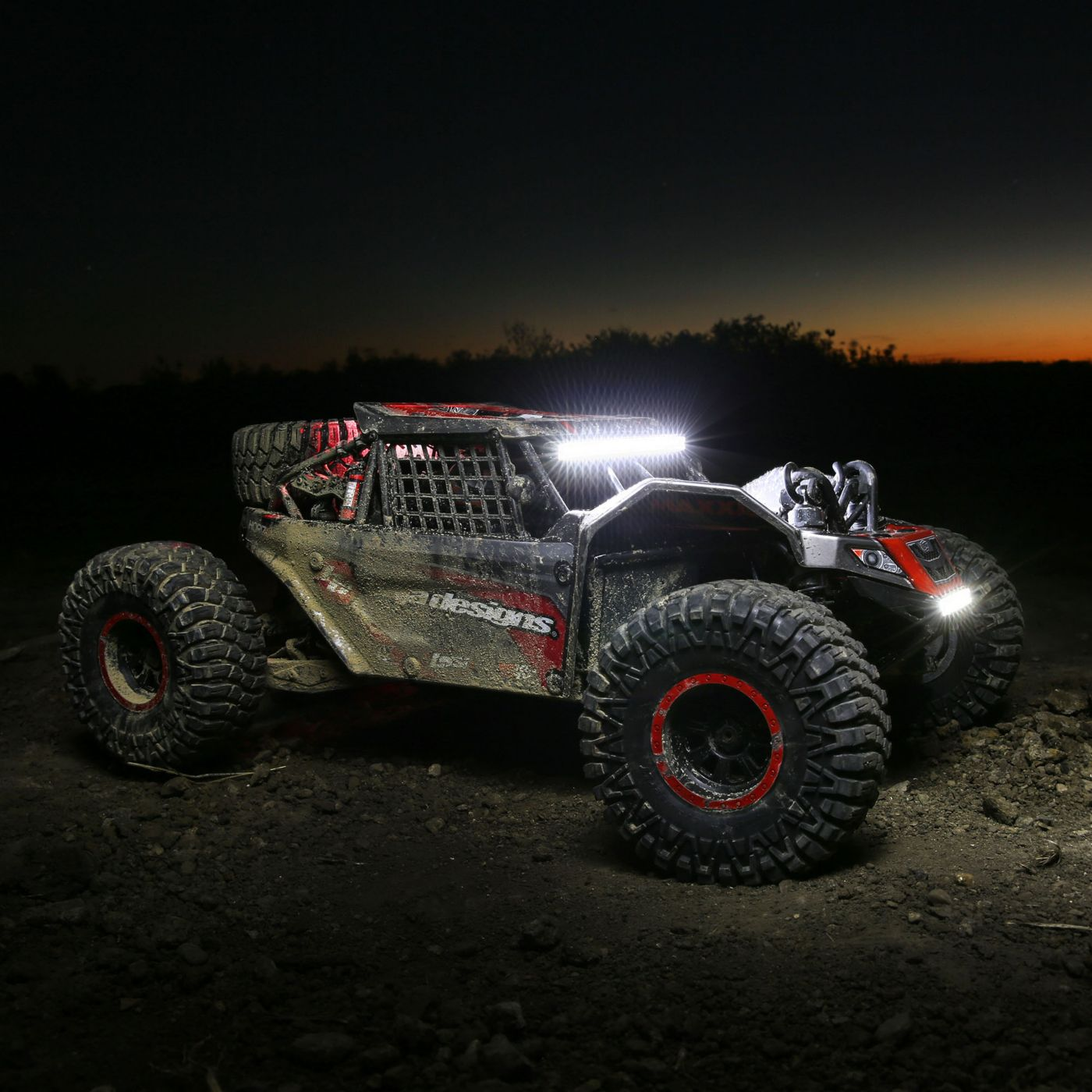 Losi 1/6 Super Rock Rey 4WD Brushless Rock Racer RTR with AVC, Baja Designs  (LOS05016T2)